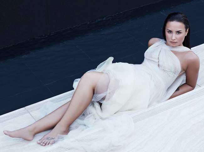 Demi Lovato Feet pics