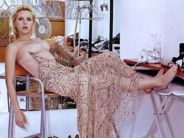 Scarlett Johansson Feet pictures