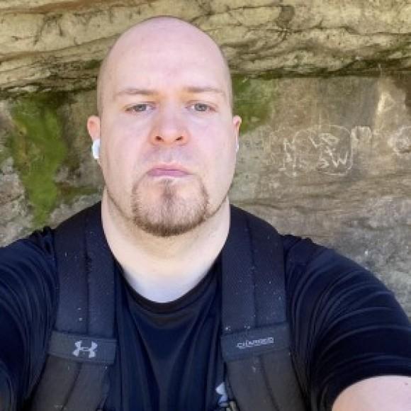 Profile photo of Rob