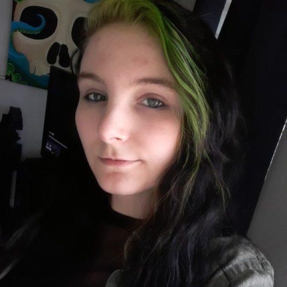 Profile photo of Jenna